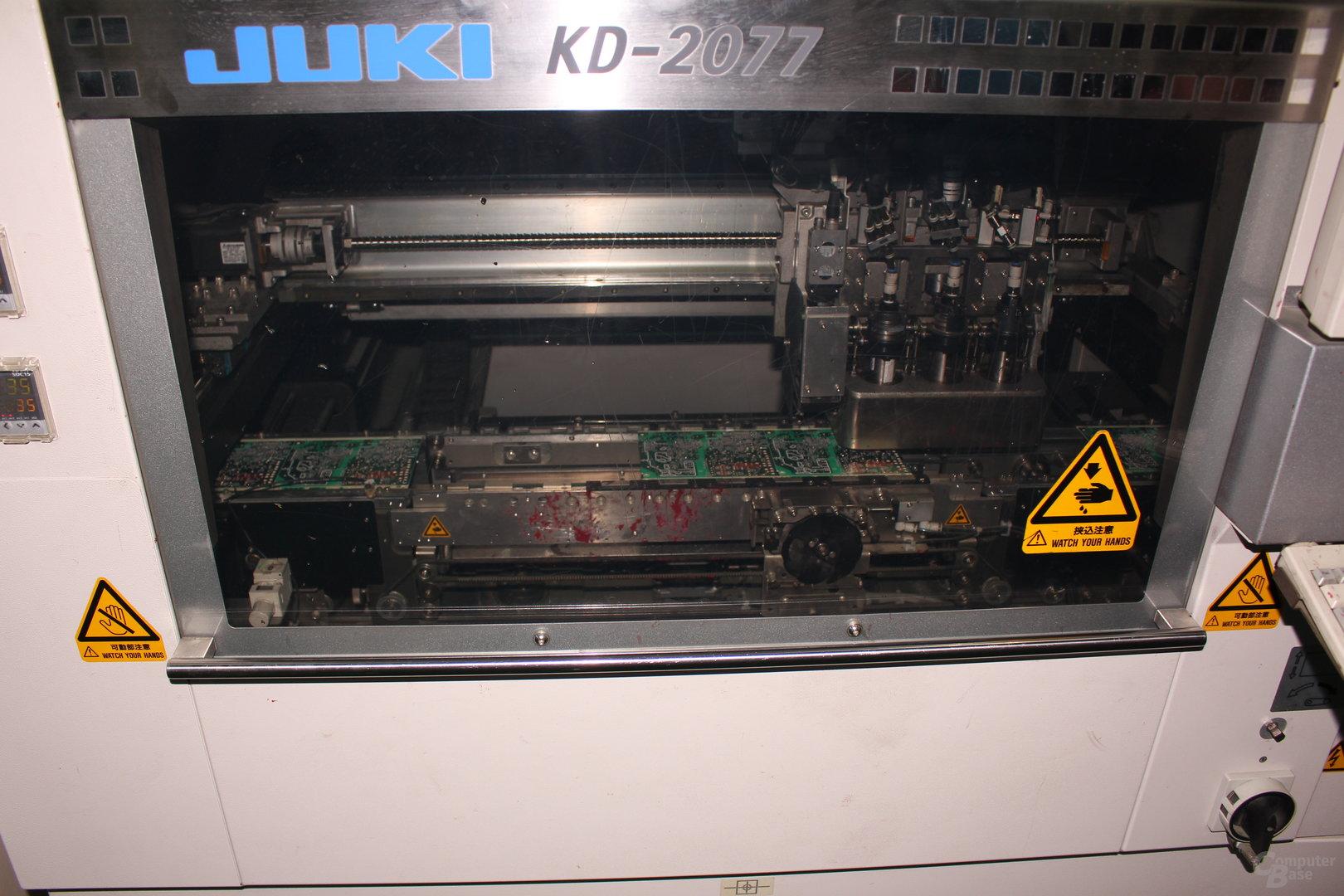 Auftragung von Kleber für SMD-Komponenten