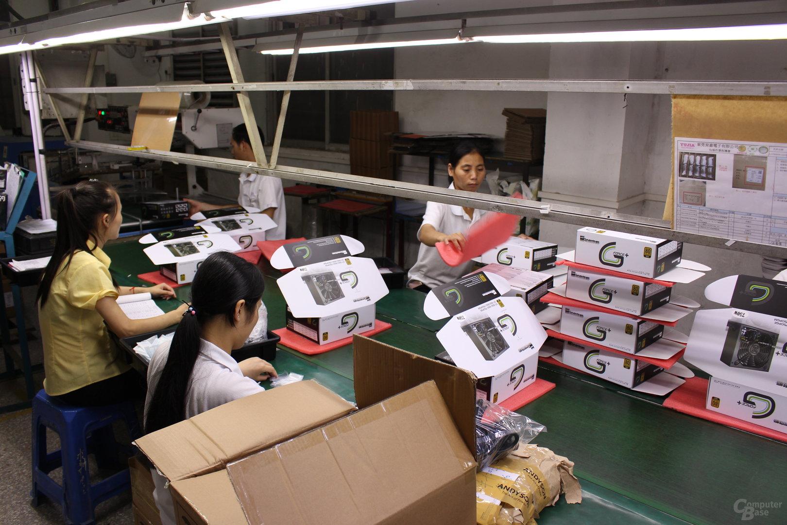 Verpackung der Netzteile