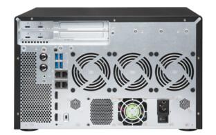 QNAP TVS-882BRT3