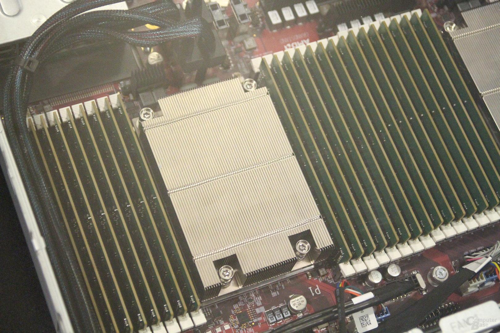 AMD Epyc-Server mit zwei Sockeln