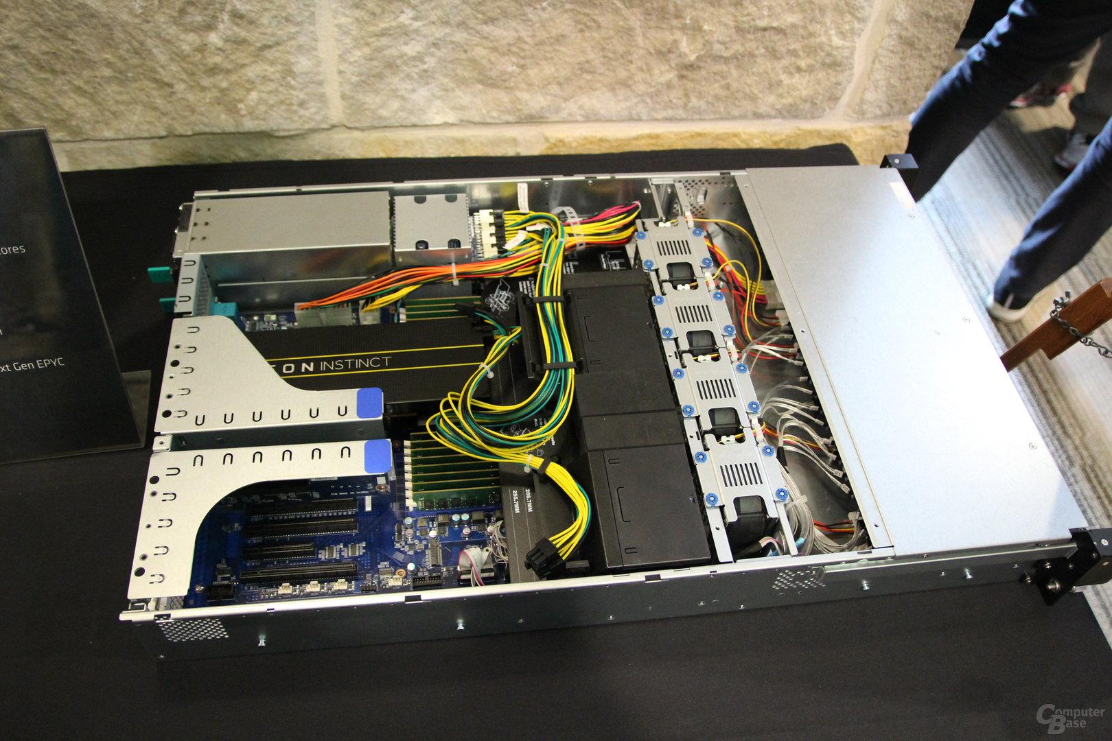 AMD Epyc-Server mit einem Sockel
