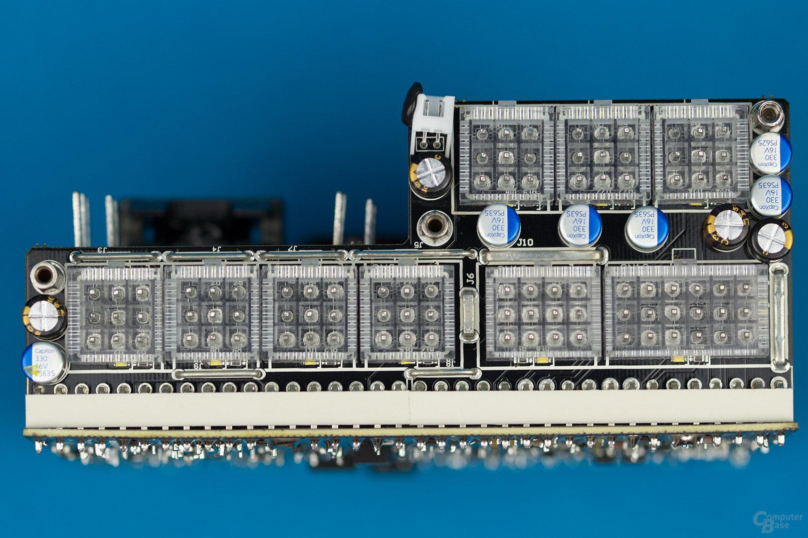 Super Flower Leadex II Gold 650W – Kabelmanagement-Platine