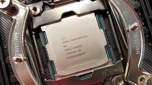 Intel Core i9-7900X im Test: Stromverbrauch, Temperatur und erste Benchmarks