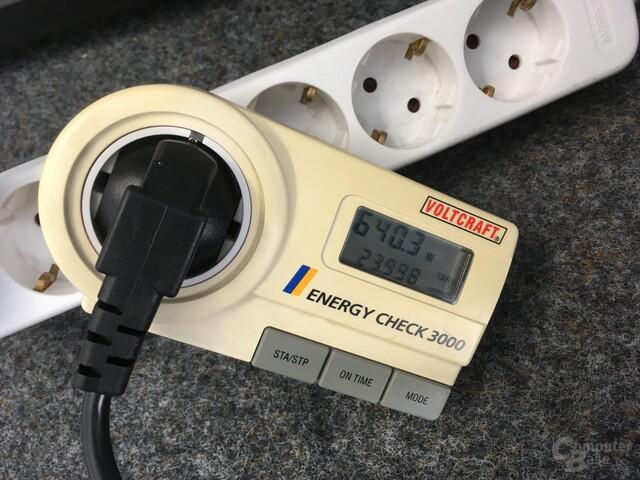 Ohne Taktanpassungen zieht das System mit drei Mal Polaris 640 Watt