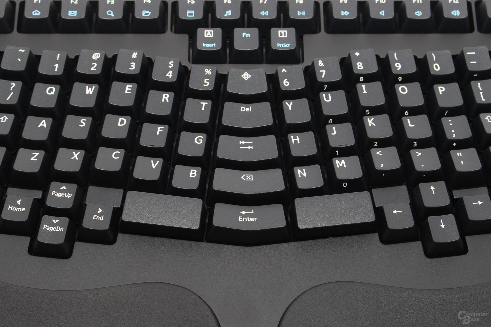 Truly Ergonomic Keyboard Model 207