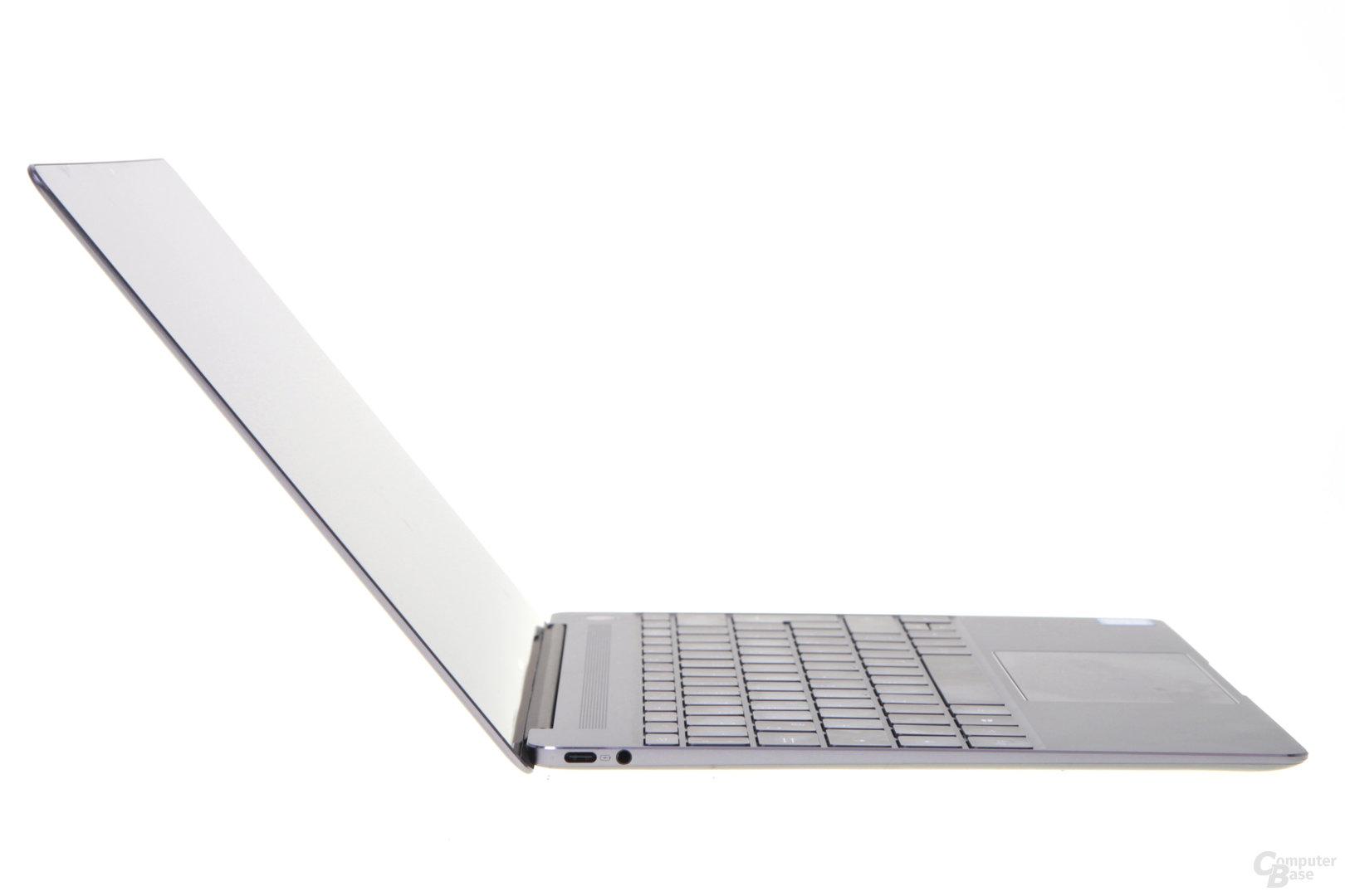 Das MateBook X vollständig geöffnet