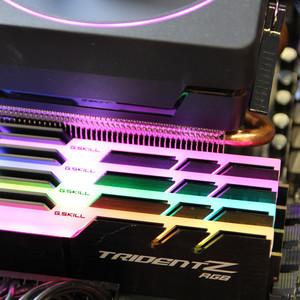 AMD Ryzen und Intel Core i: DDR4-3200 bringt in Spielen teils mehr als eine teurere CPU