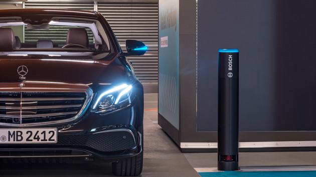Fahrerloses Parken: Mercedes testet Automated Valet Parking im Parkhaus