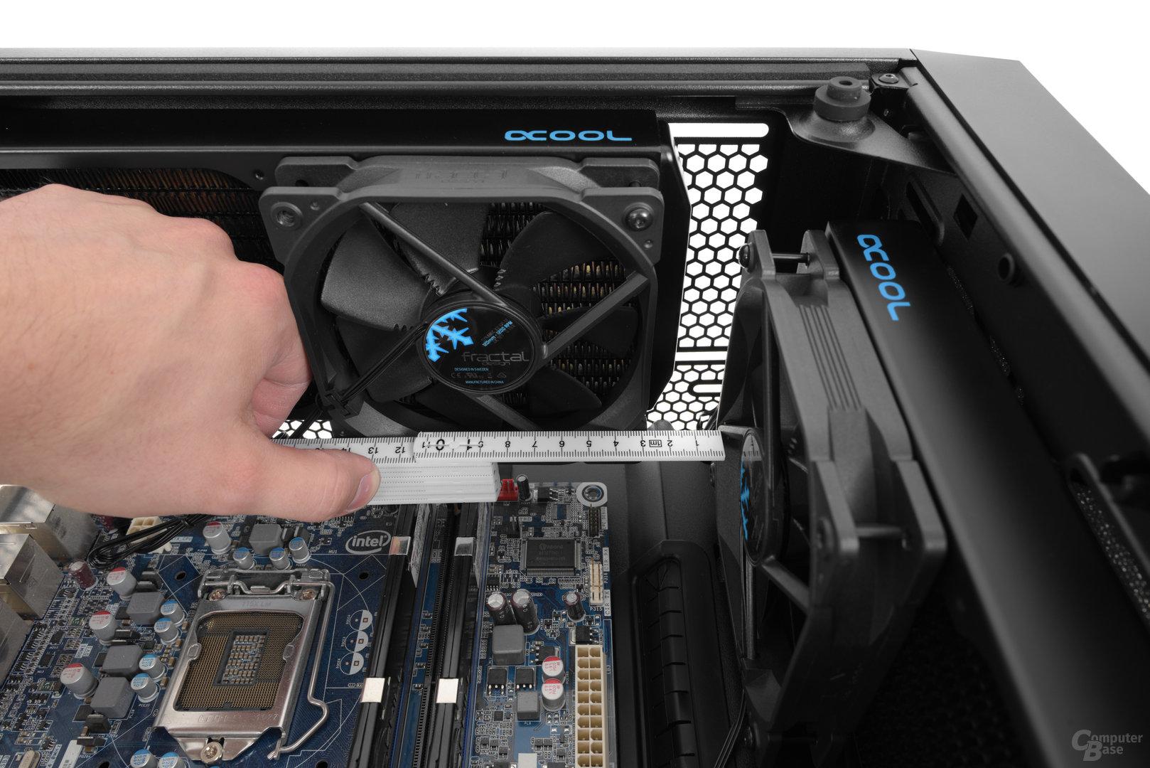 Fractal Design Meshify C – Bei einem Radiator im Deckel darf der Frontradiator maximal 45 mm tief ausfallen