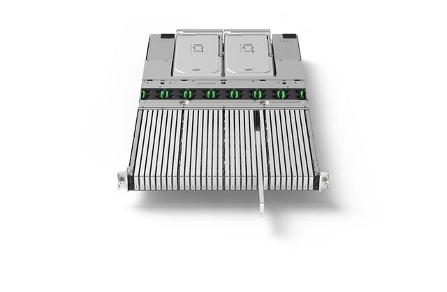 32 Ruler-SSDs im Server-Einschub