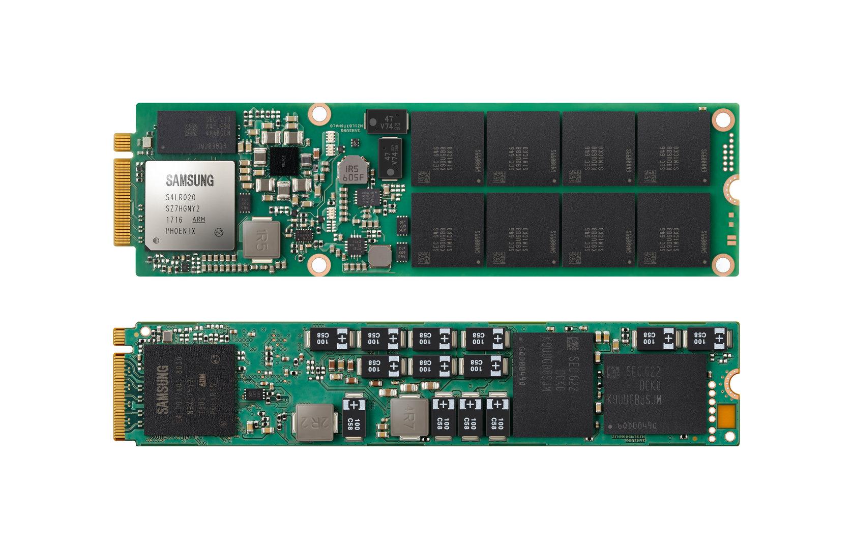 """Samsungs """"NGSFF SSD"""" (oben) und eine M.2-SSD (unten)"""