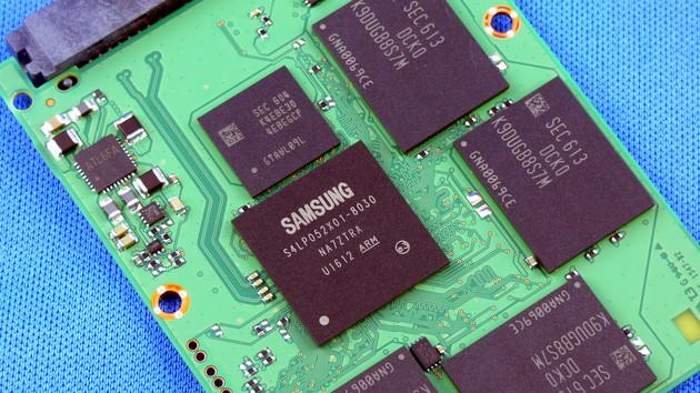 Samsung: Nächstes Jahr kommt die 128-TB-SSD mit Terabit-QLC-Flash