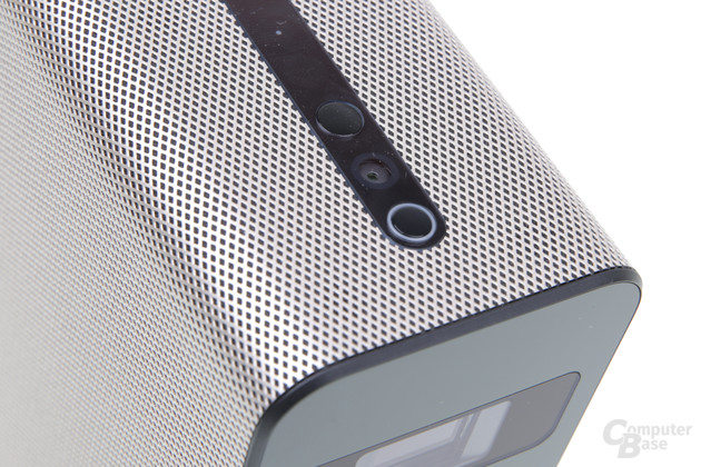 Sensortasten Lautstärke, Kamera, Mikrofon, An/Aus (von oben nach unten)