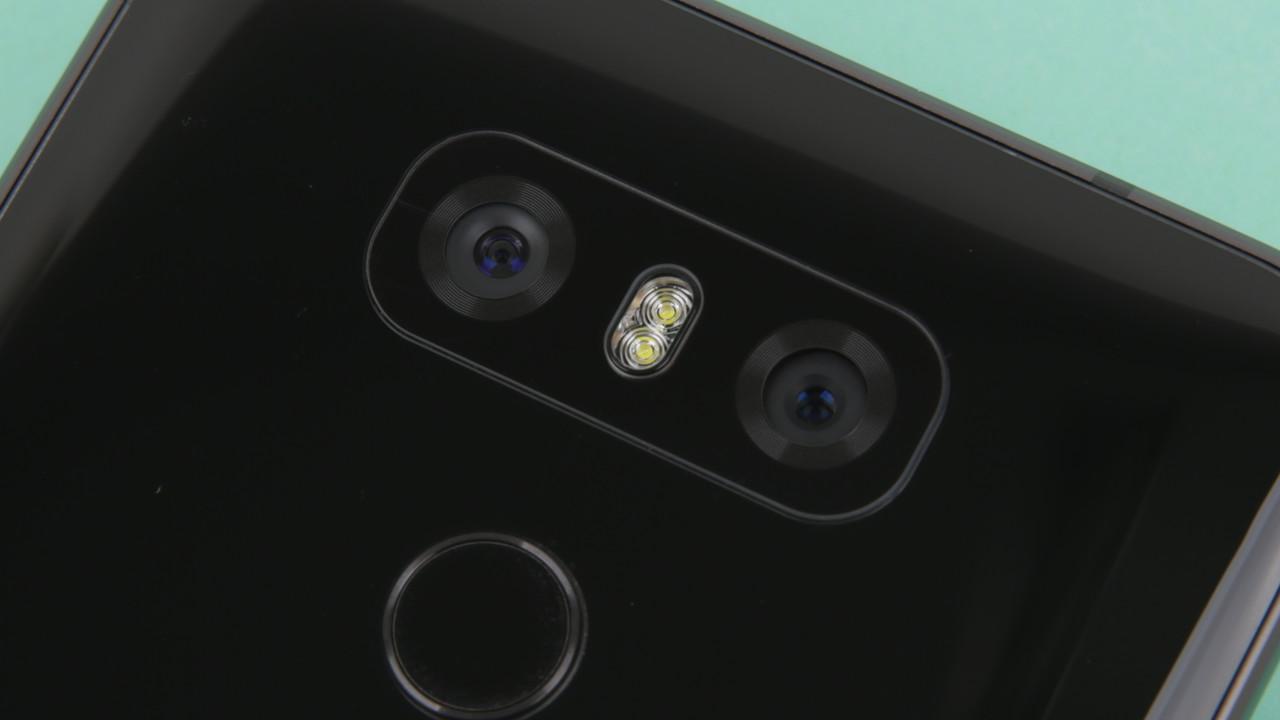 """LG V30: Kamera mit f/1.6-Blende und """"Crystal Clear Lens"""" bestätigt"""