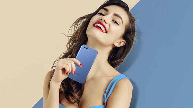 Huawei Nova 2: Selfies mit 20Megapixel und 5Zoll kosten 399Euro