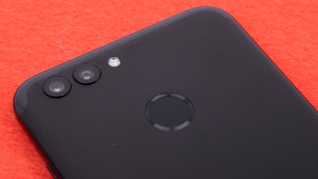 Huawei Nova 2 im Test: Kompakt mit Dual-Kamera und 20-Megapixel-Selfies