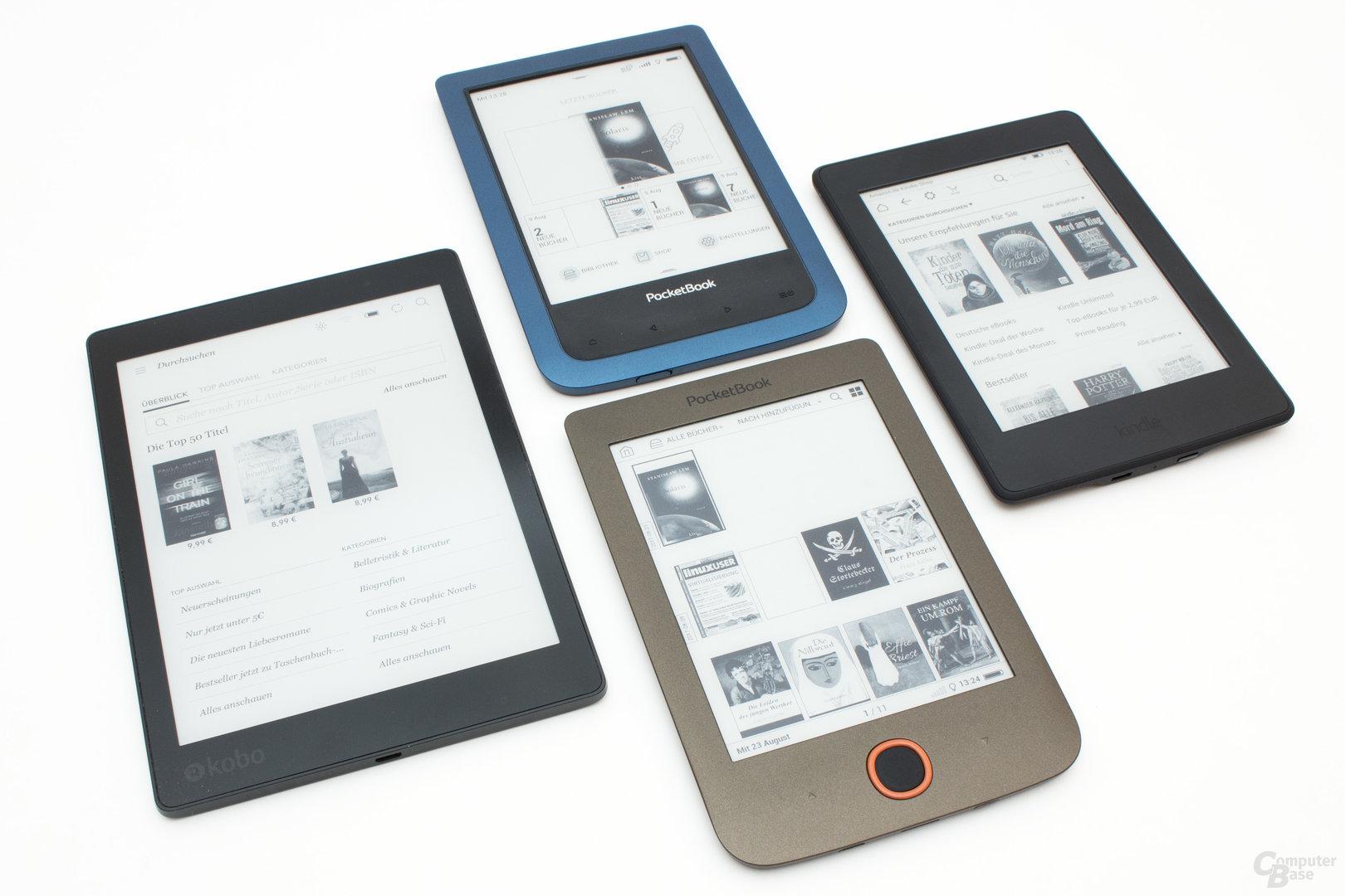 Größenvergleich PocketBook Aqua 2 und Basic Lux sowie Kobo Aura One und Kindle Paperwhite