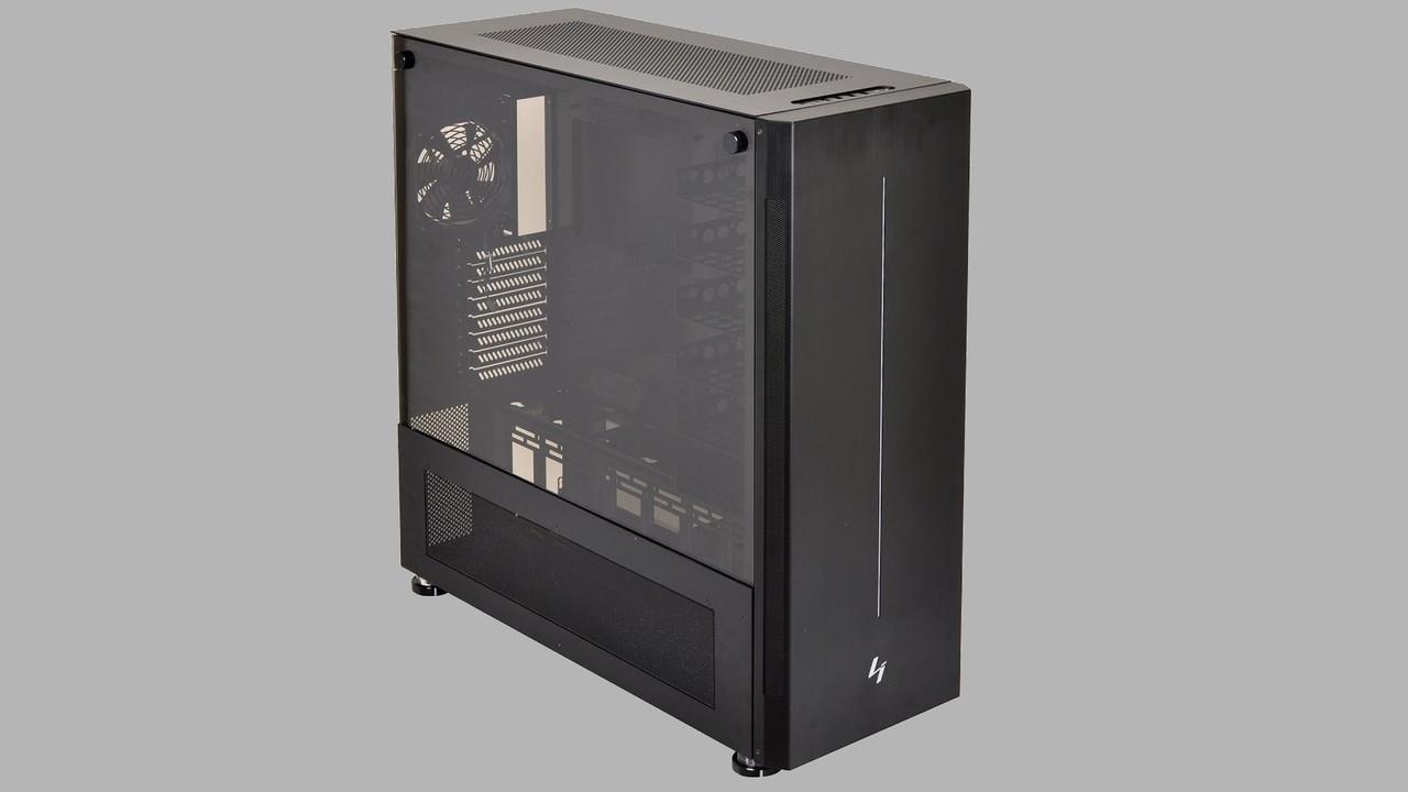 Lian Li PC-V3000: Ein Big-Tower wandelt auf klassischen Pfaden