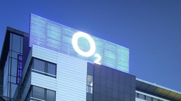 Nach Beschwerden: Bundesregierung hat Kunden-Hotline von O2 im Visier