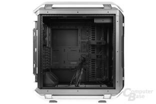 Cooler Master Cosmos C700P – Verkleidungen ausgebaut
