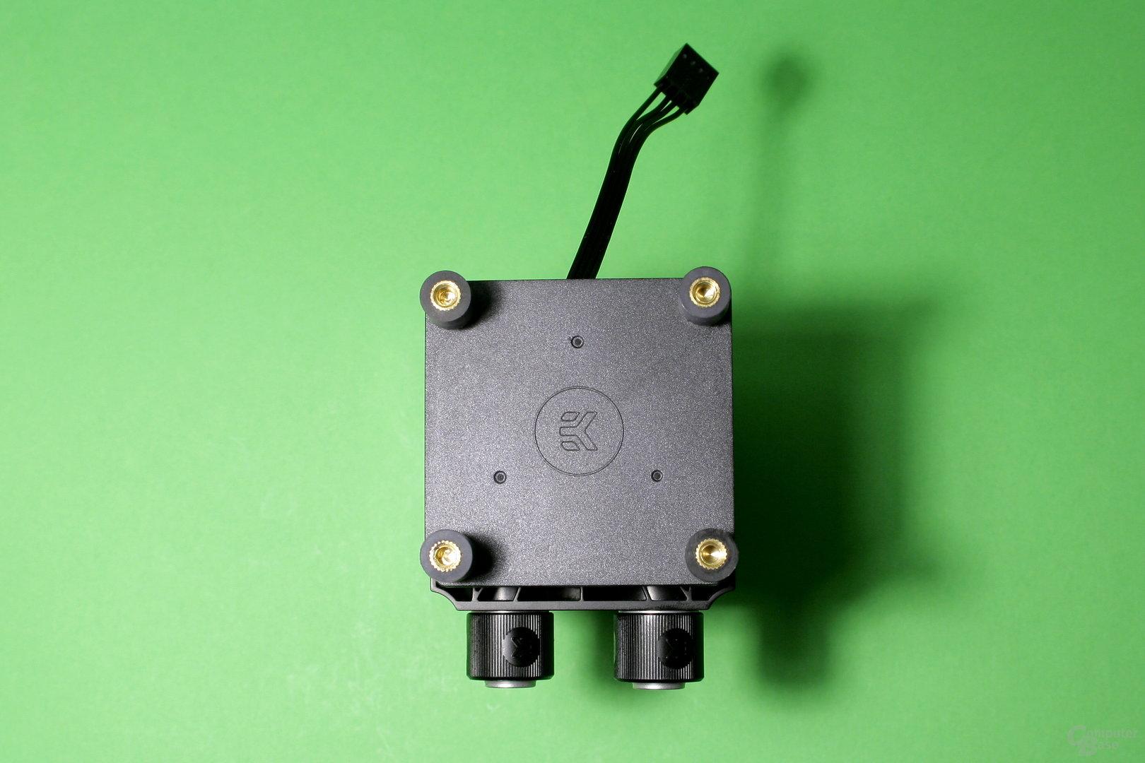 EK Fluid Gaming: Die Pumpe sieht aus wie eine DDC, stammt aber von EKWB