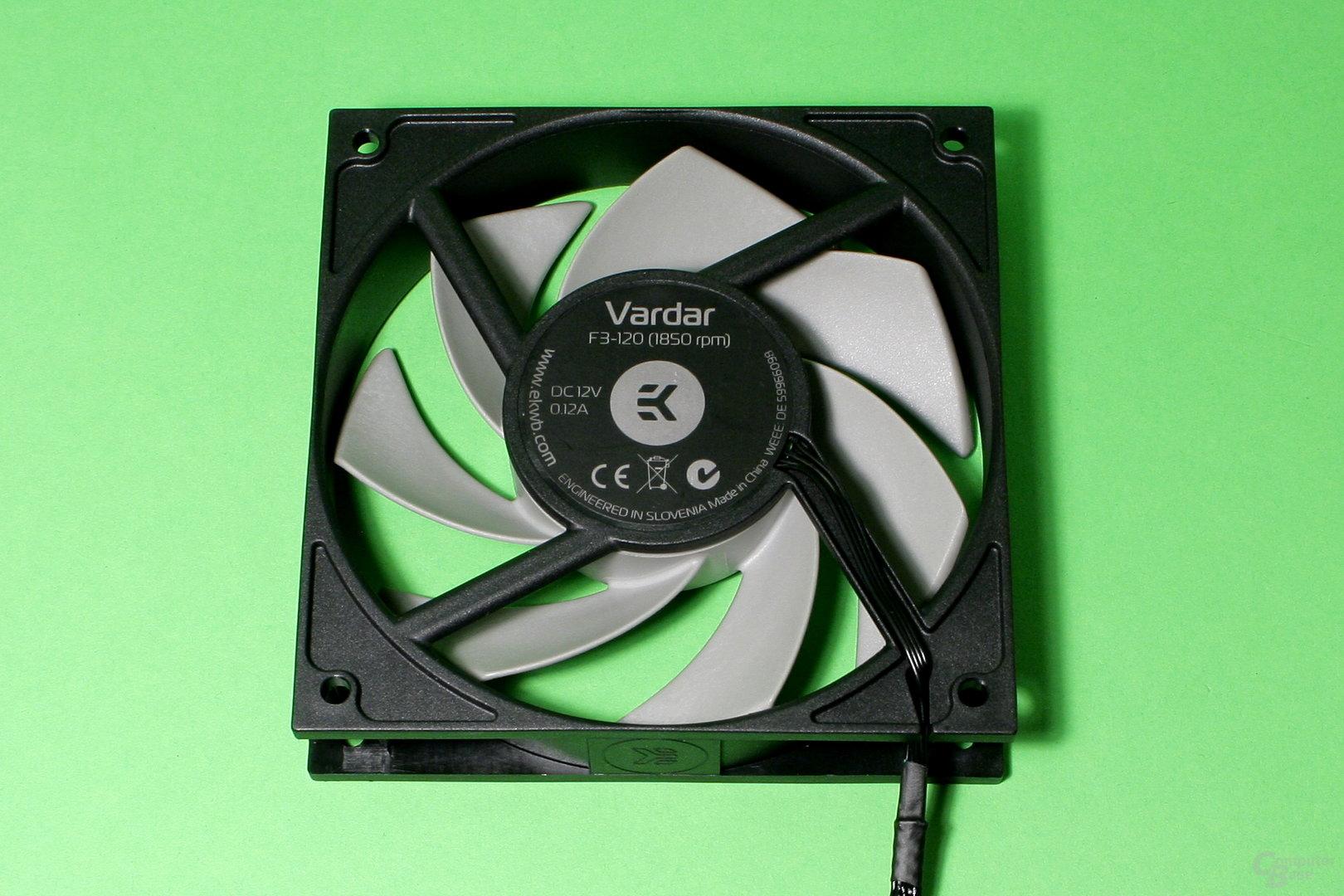 EK Fluid Gaming: Vardar-Lüfter für den Radiator