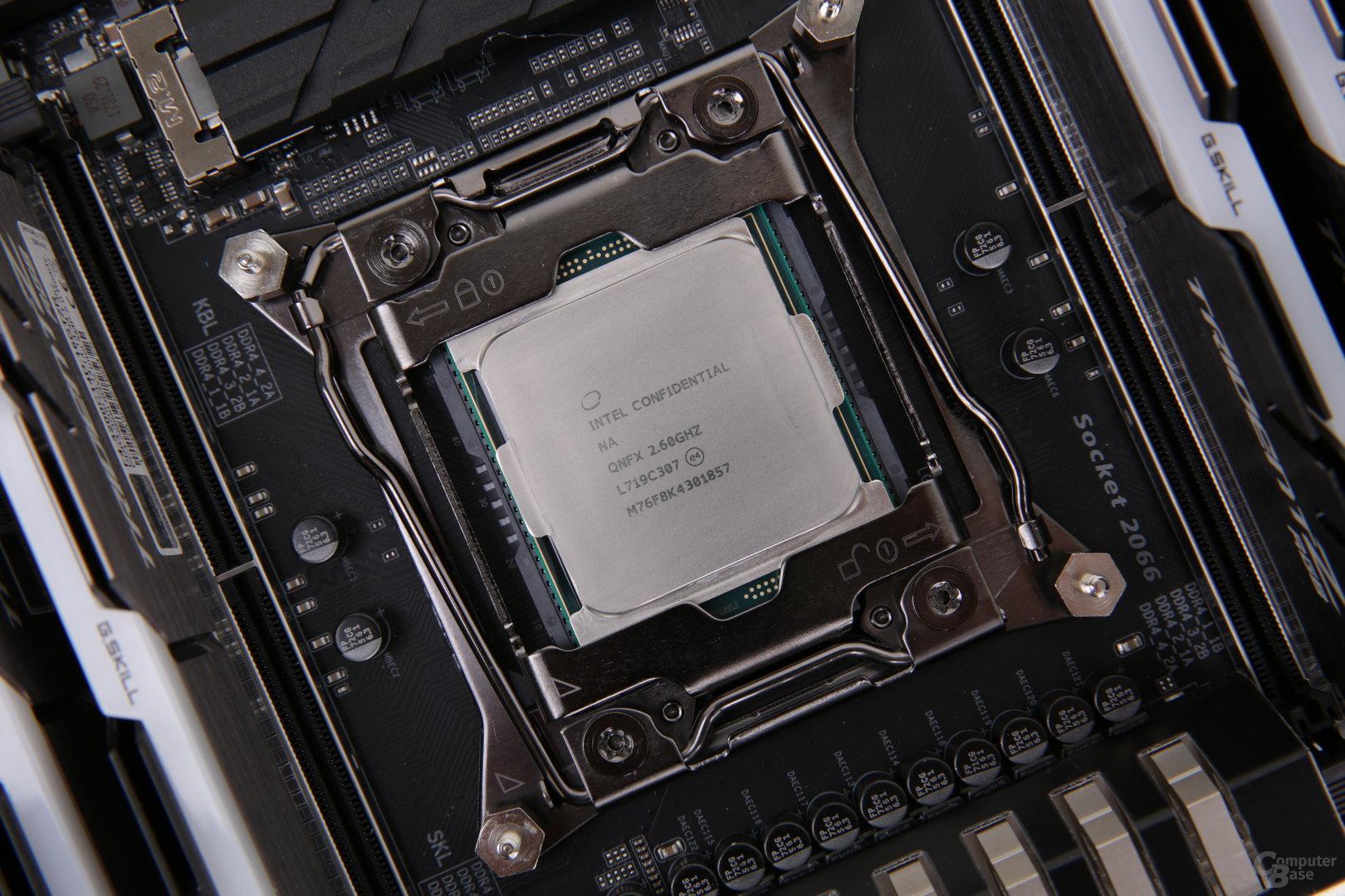 Intel Skylake-X mit 18 Kernen im Test