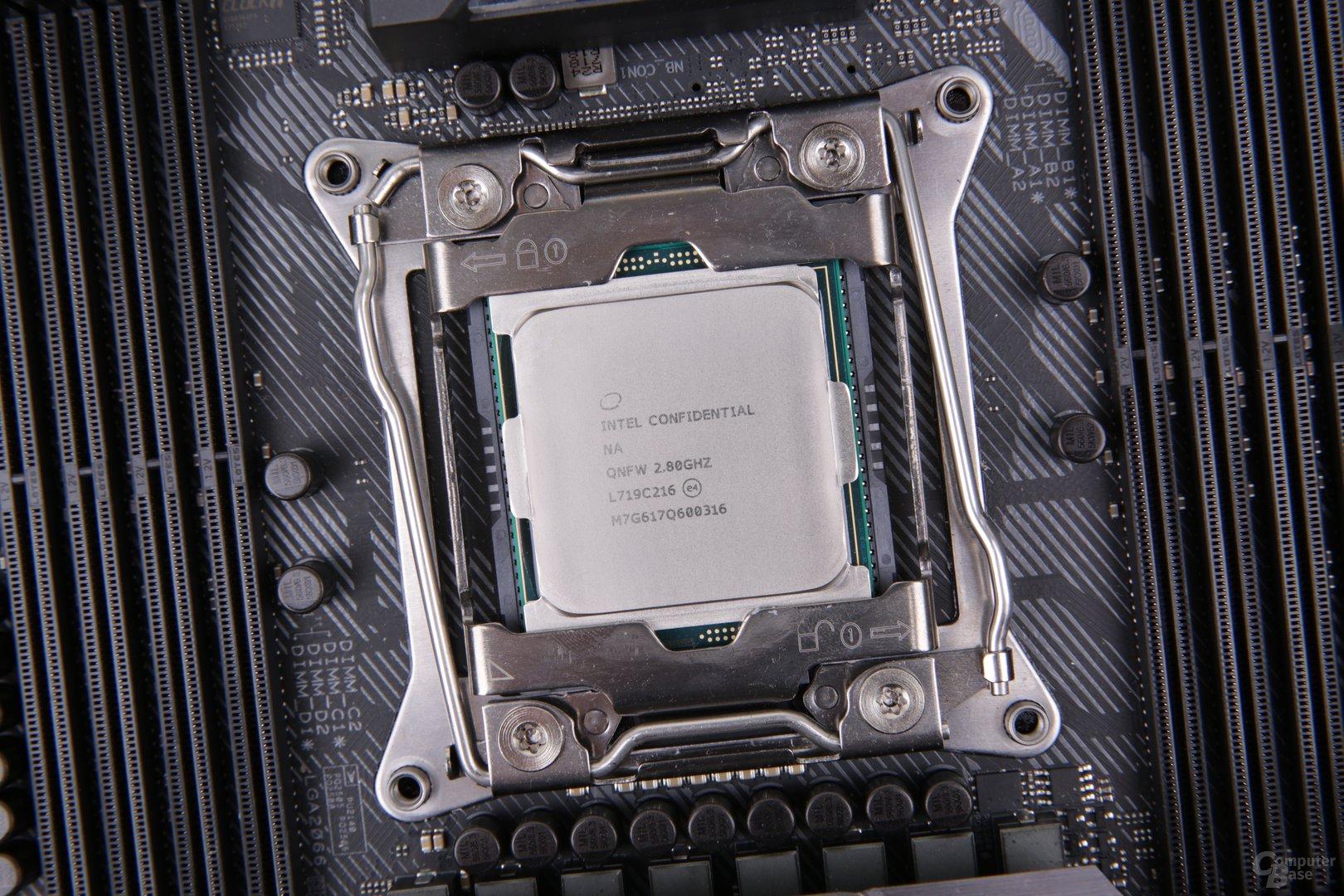 Intel Skylake-X mit 16 Kernen im Test