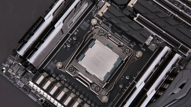 Intel Core i9-7980XE & 7960X im Test: 18 Kerne stellen bei Leistung und Preis alles in den Schatten