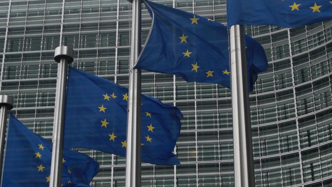 EU-Finanzminister: Verschärfte Steuergesetze für Apple, Google und Co.