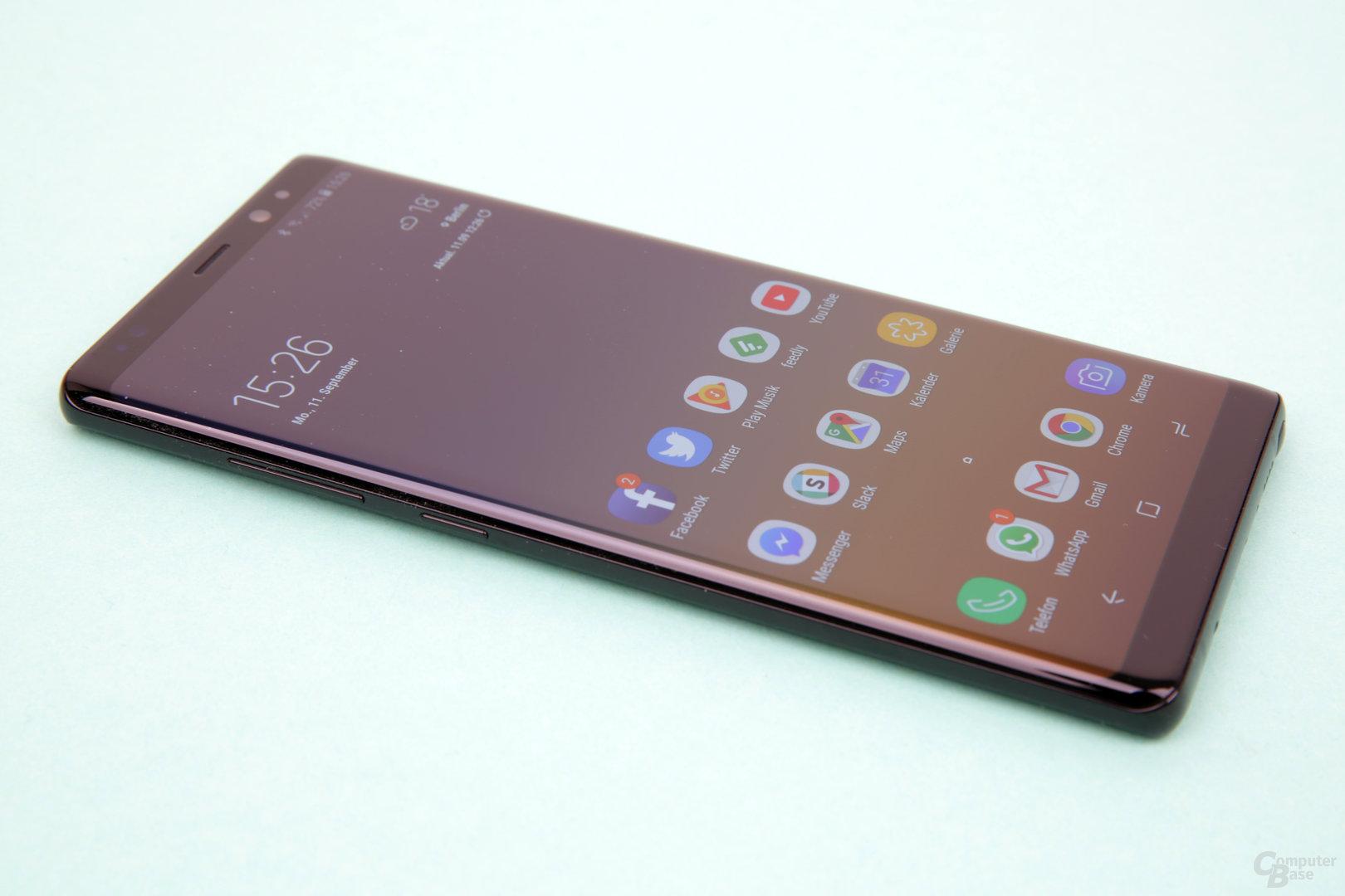 Das neue Design ist merklich eckiger als beim S8