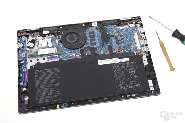 Hardware und Akku im Acer Spin 5 2017 mit 13,3 Zoll