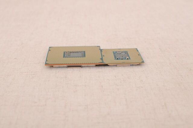 Core i3-7360X (links) und Core i3-7350K (rechts)