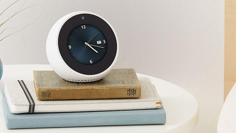 Amazon: Neuer Echo Spot weckt und Echo Plus steuert