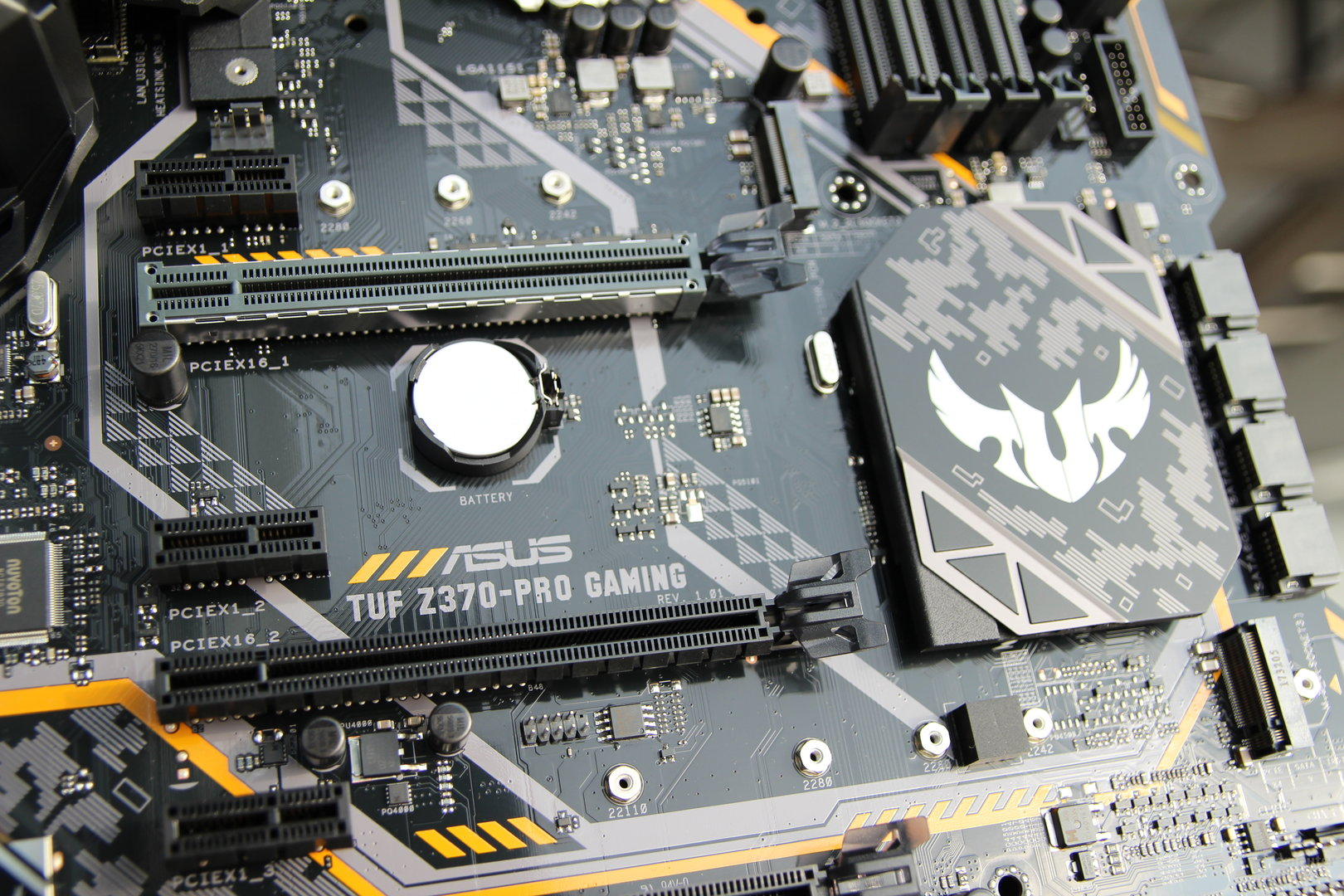 Asus Z370-Mainboards