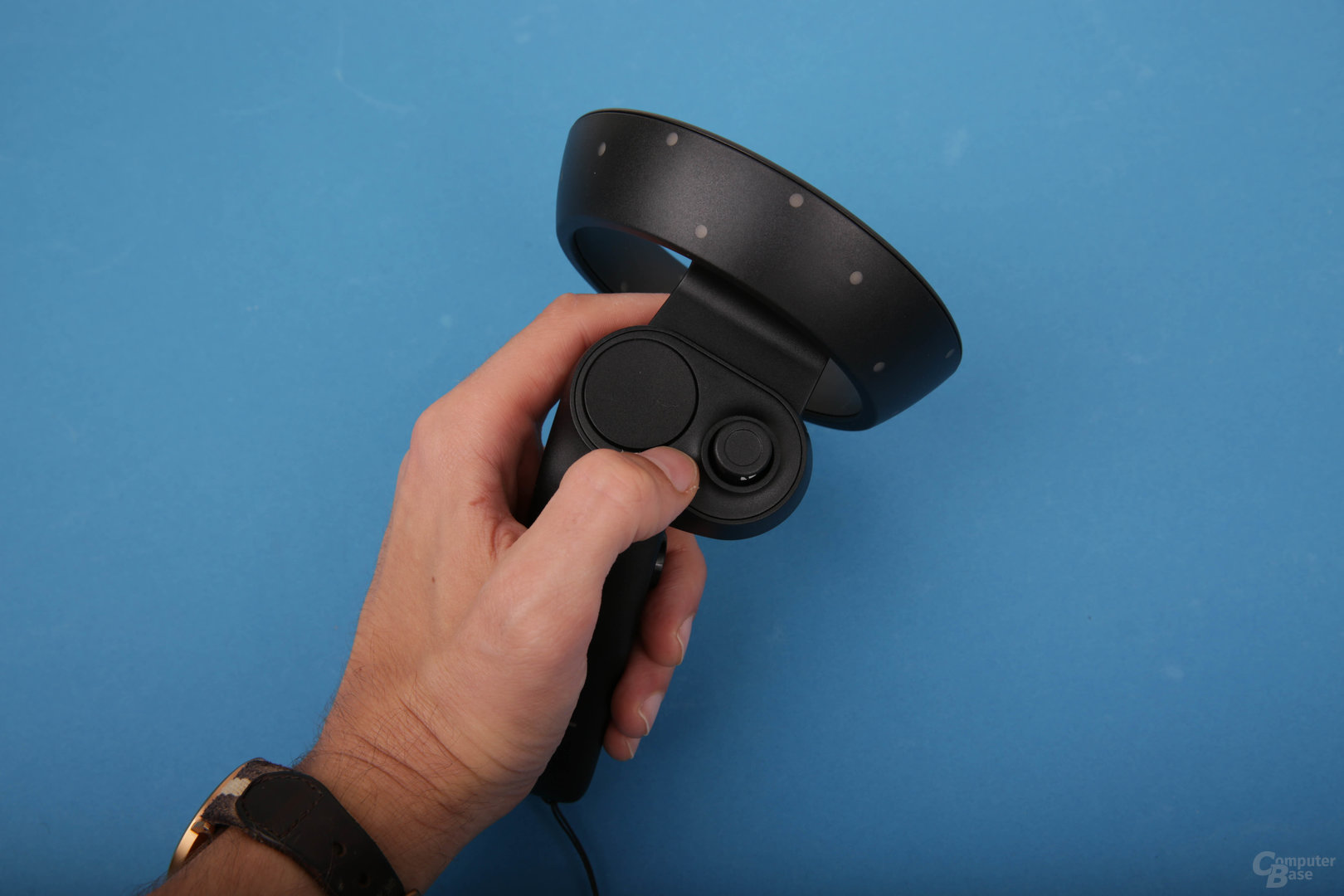 Gute Ergonomie, aber Oculus Touch bleibt führend