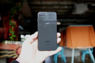 Das iPhone 8 Plus punktet im Test mit vielen Vorzügen