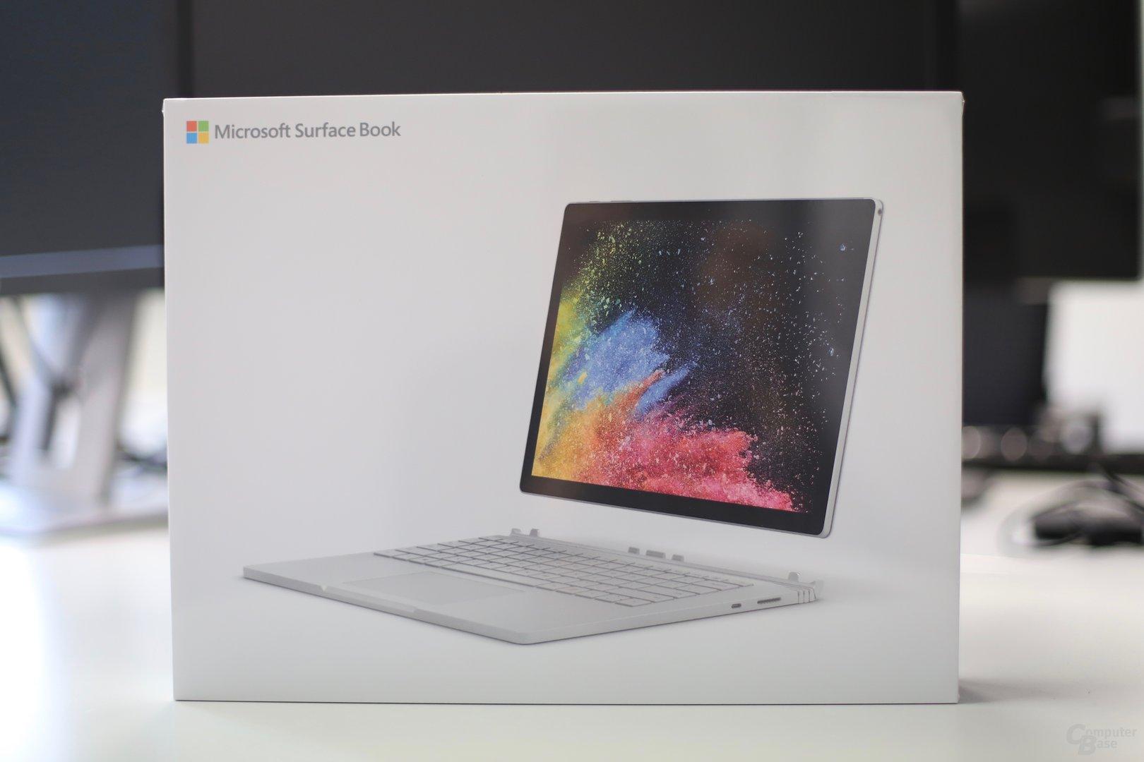 Das Surface Book 2 mit Core i7 und GeForce GTX 1050 in der Redaktion