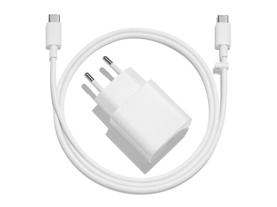Netzteil und USB-Typ-C-Kabel
