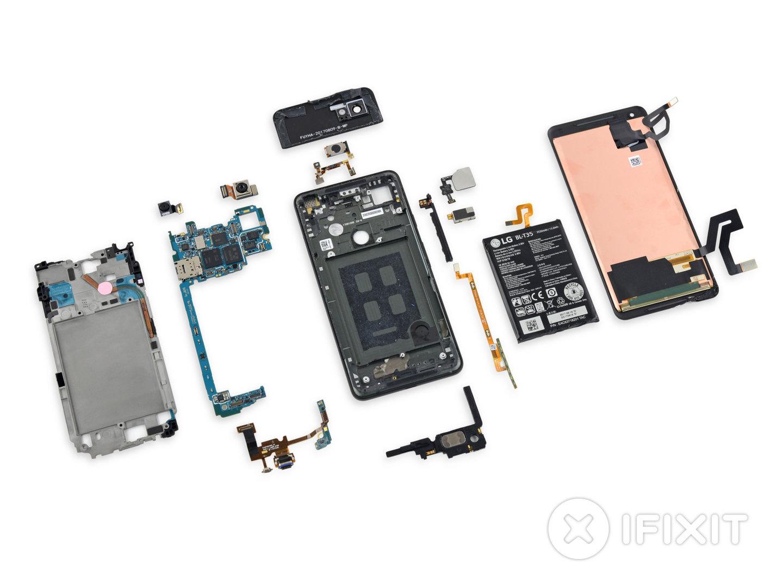 Das Google Pixel 2 XL in seinen Einzelteilen