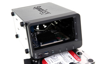 Synology DS718+ – DIMM-Slot erlaubt RAM-Upgrade