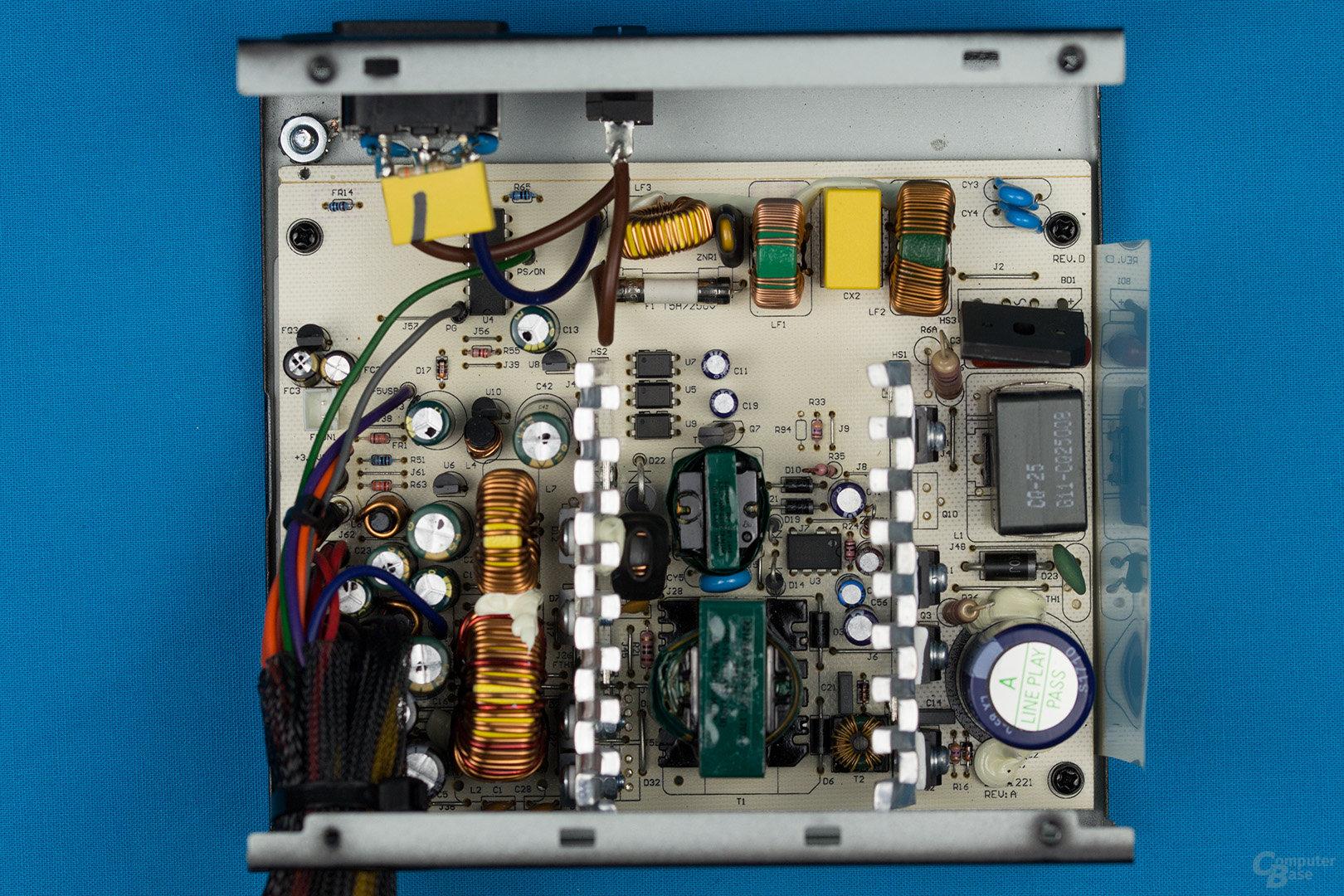 Corsair VS350 Rev 2.0 – Überblick Elektronik