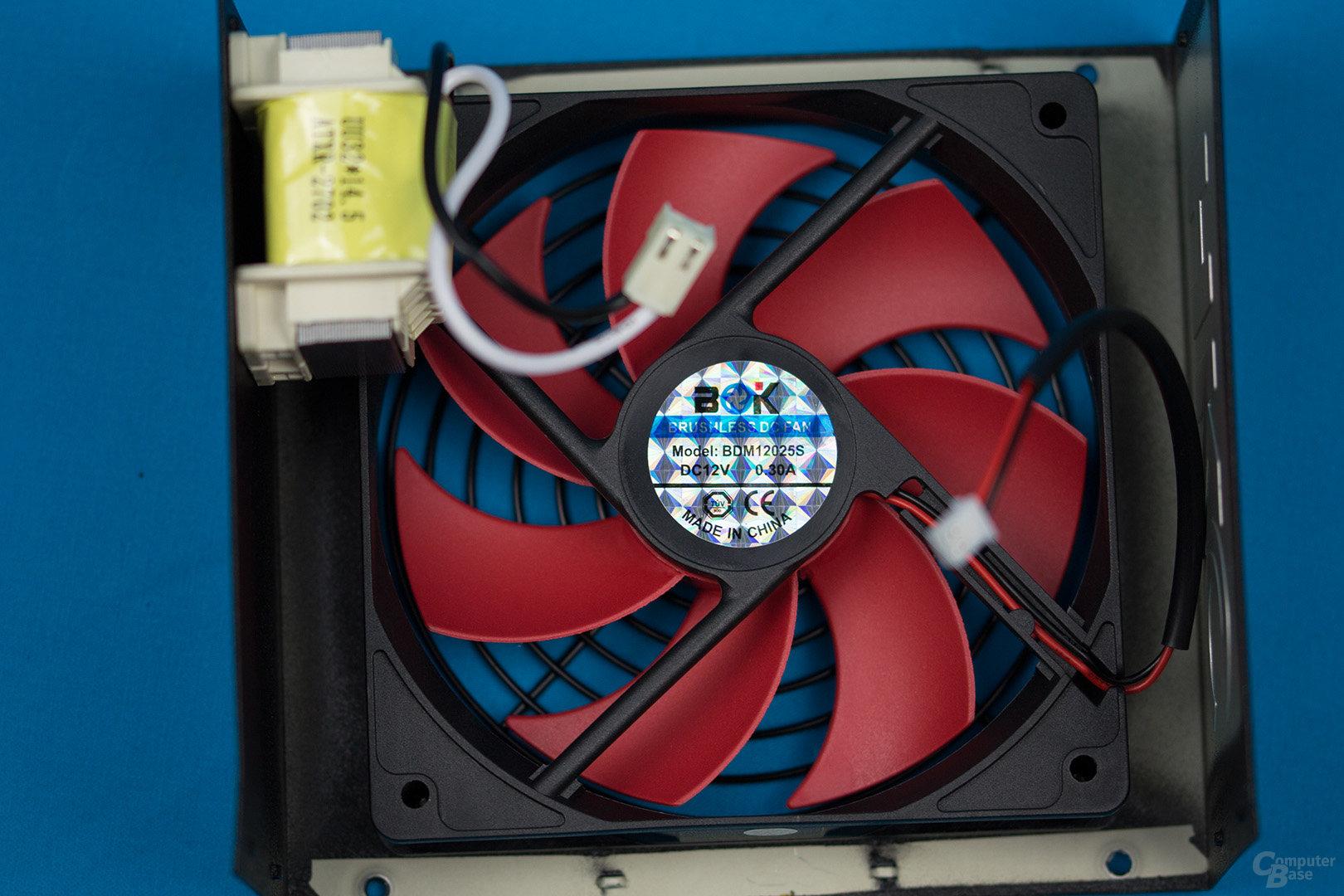 HKC V-Power 550W – Lüfter und passive PFC