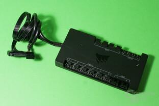 Corsair Commander Pro: Sata-Stromanschluss und USB-Datenkabel