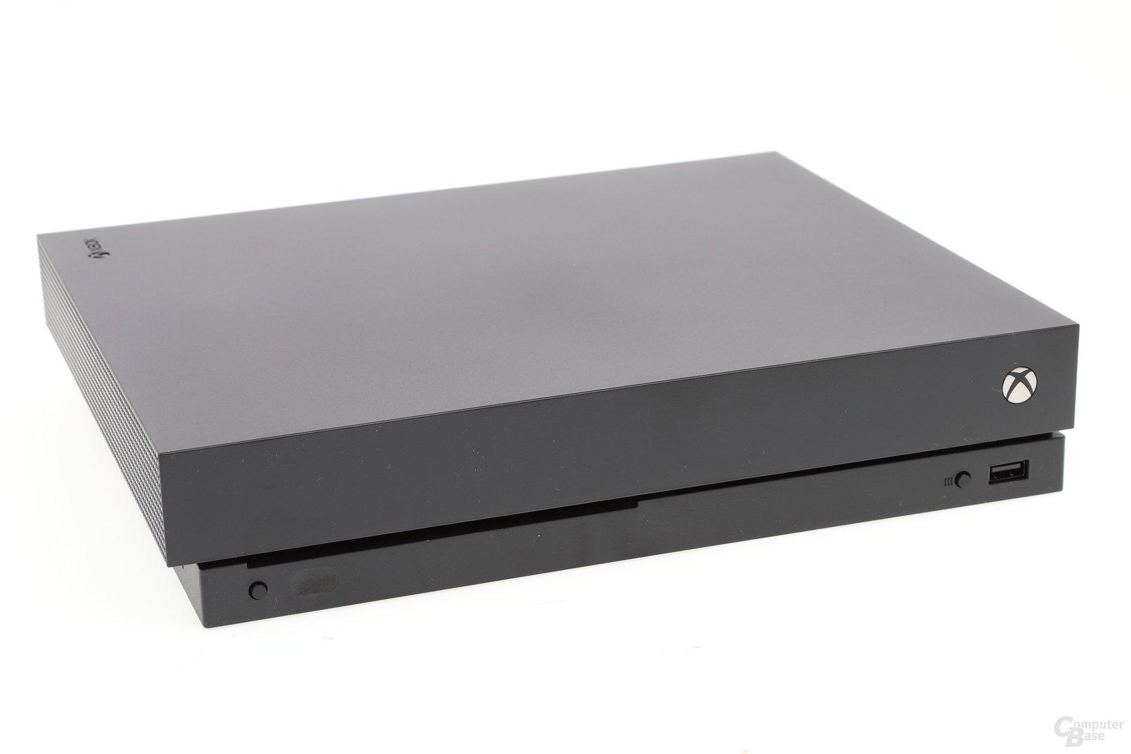 Die neue Xbox One X im Test