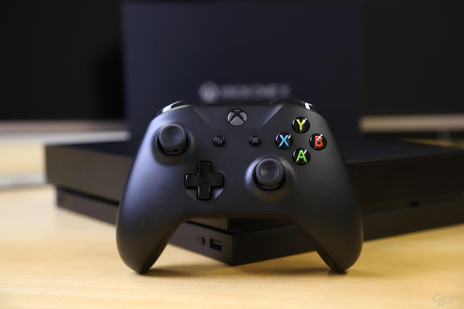 Die Xbox One X mit 6 TFLOPS Leistung im Test