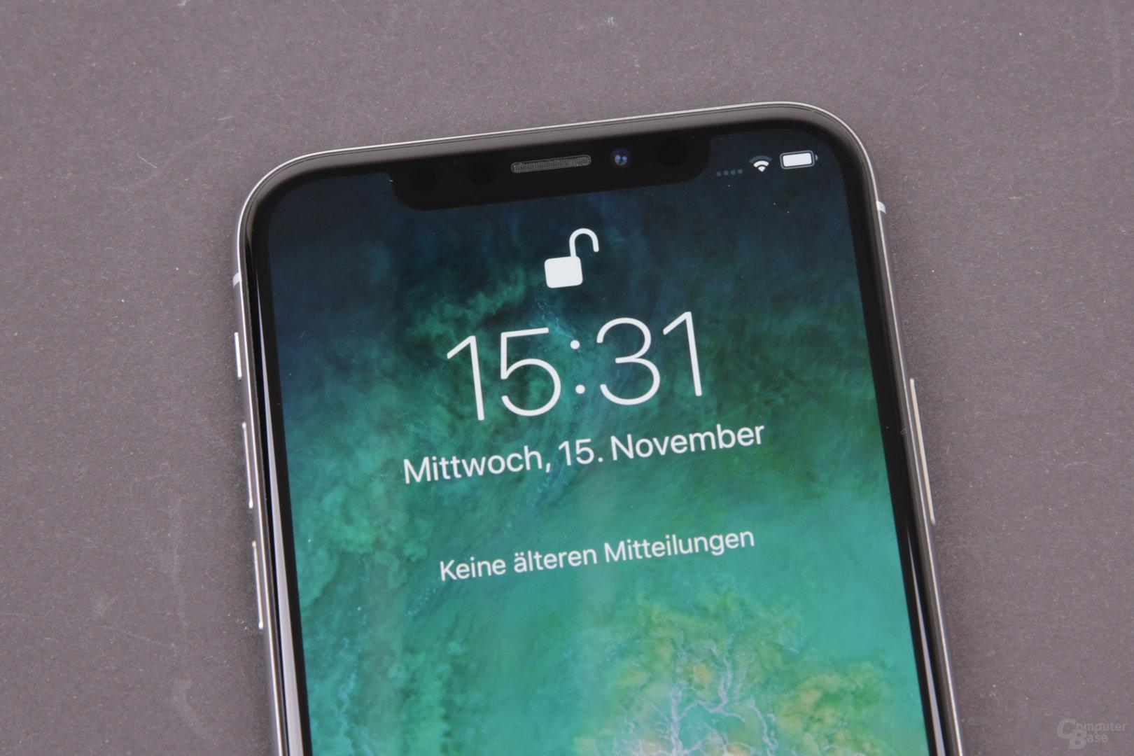 Apple iPhone X – Per Face ID entsperrt