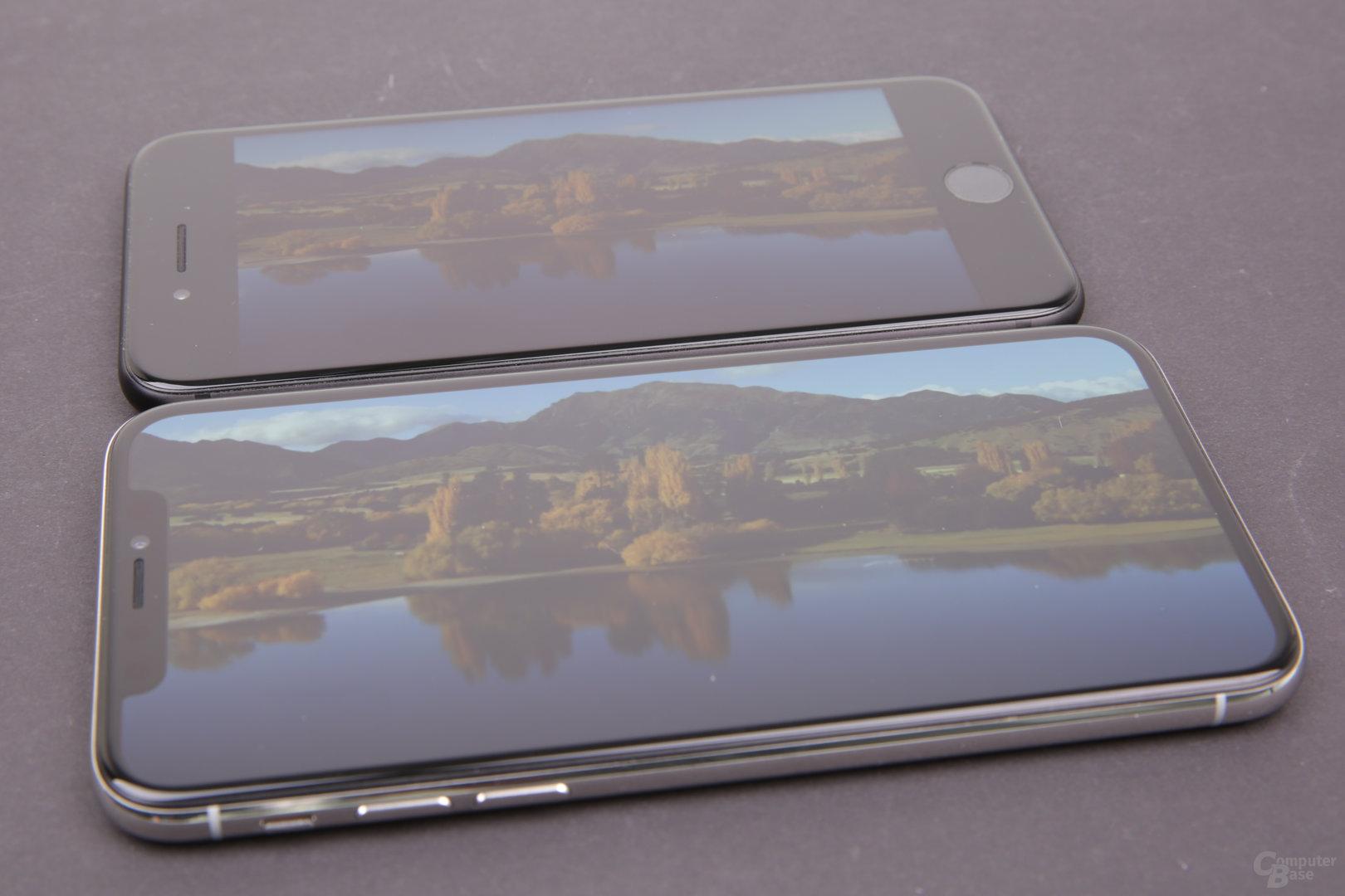 iPhone X mit Zoom und iPhone 7 in 16:9