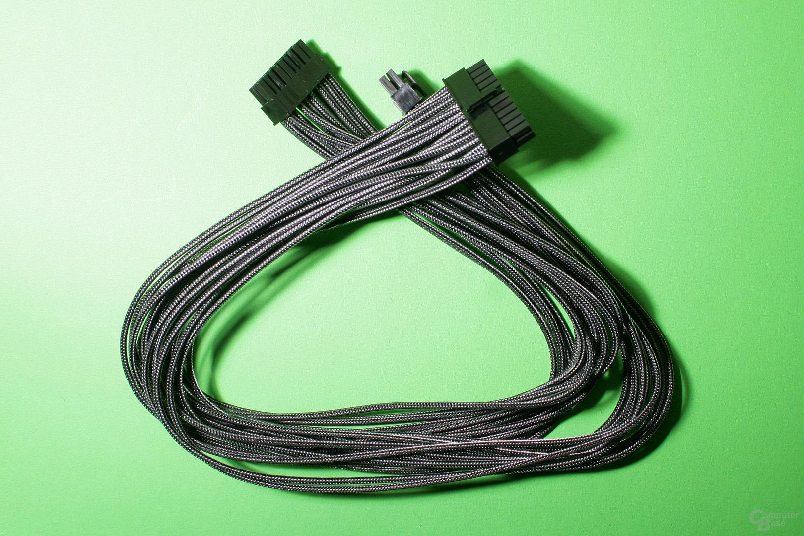 Stromkabel mit Einzelader-Sleeve: Edler Look für einen Vorzeige-Rechner