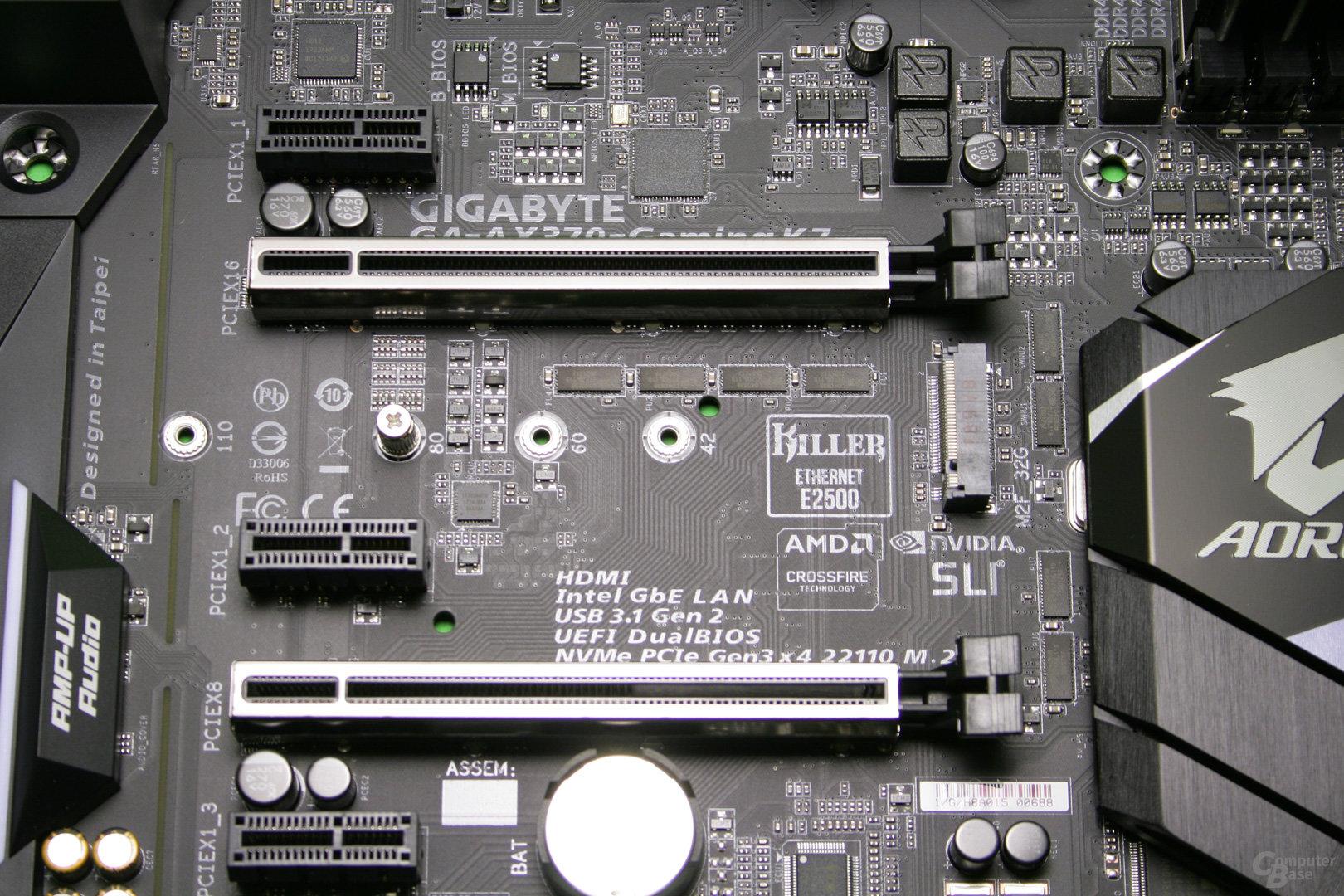 Der M.2-Slot für schnelle SSDs befindet sich unter dem PCIe-Slot für Grafikkarten